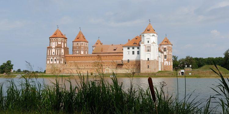 Kiev, Minsk and Villnius Tour with Explore