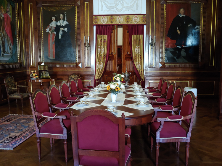 Neszvich Palace Dining Room