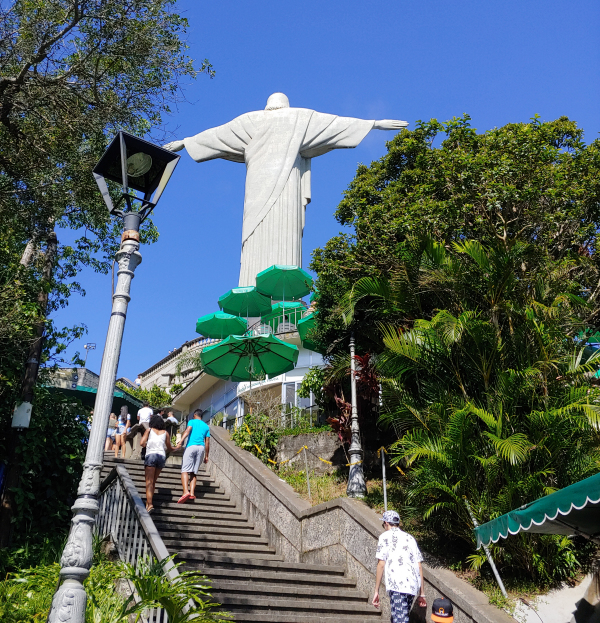 Steps up to Cristo Redentor